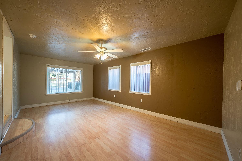 Mls 495855 152 500 Fatimamosbyrealestate Com 3250 East Home Ave Fresno Ca 93703